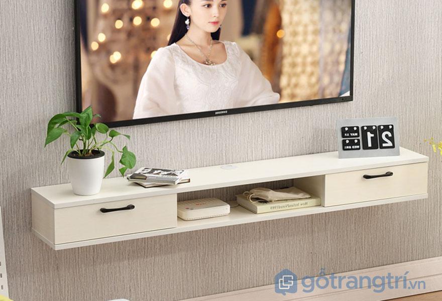 Ke-tivi-gia-dinh-gan-tuong-nho-gon-GHS-3333
