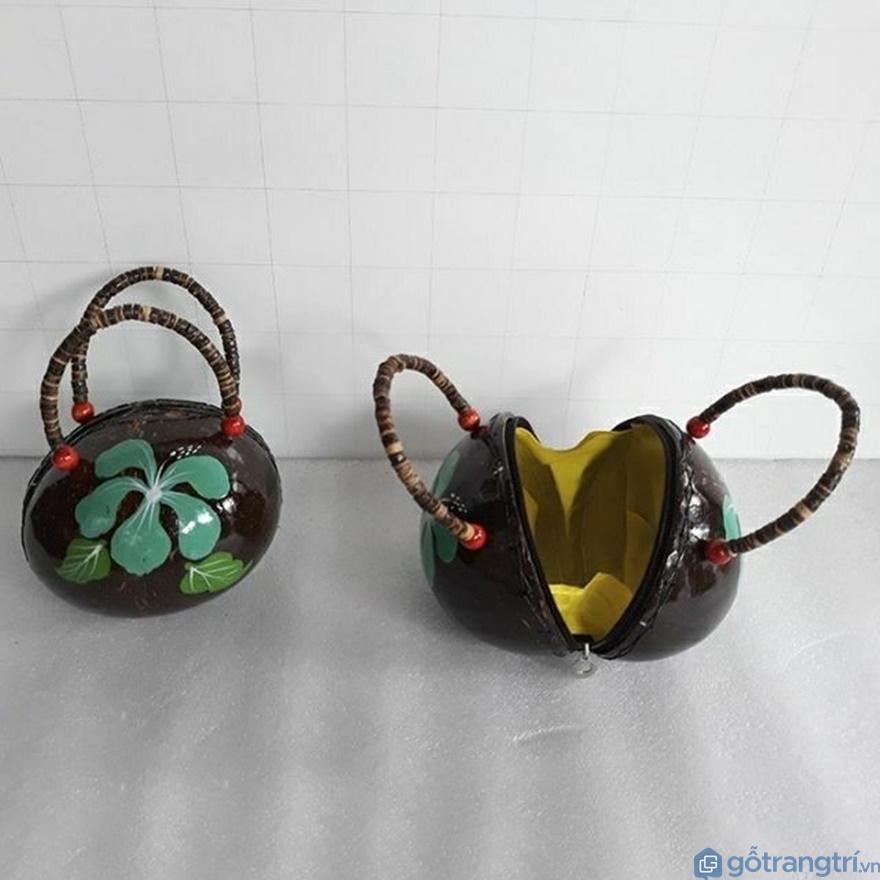 Túi ví bóp làm bằng dừa thân thiện với môi trường - Ảnh: Internet