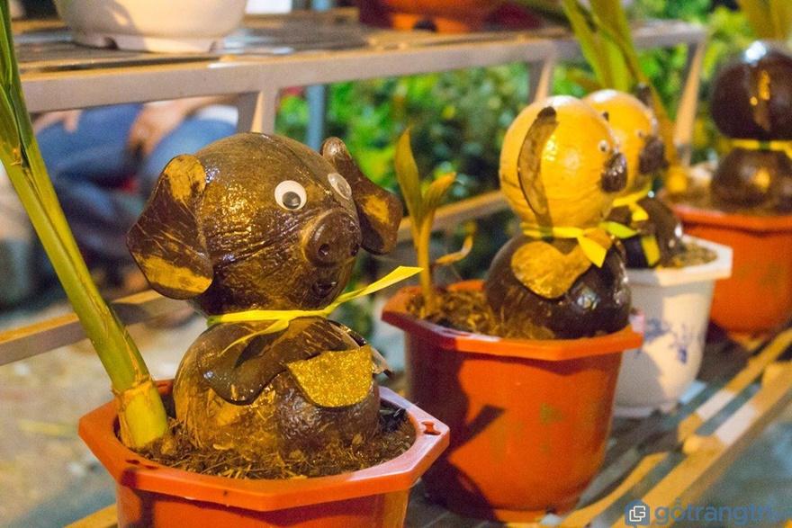Chú heo bằng dừa - Ảnh: Internet