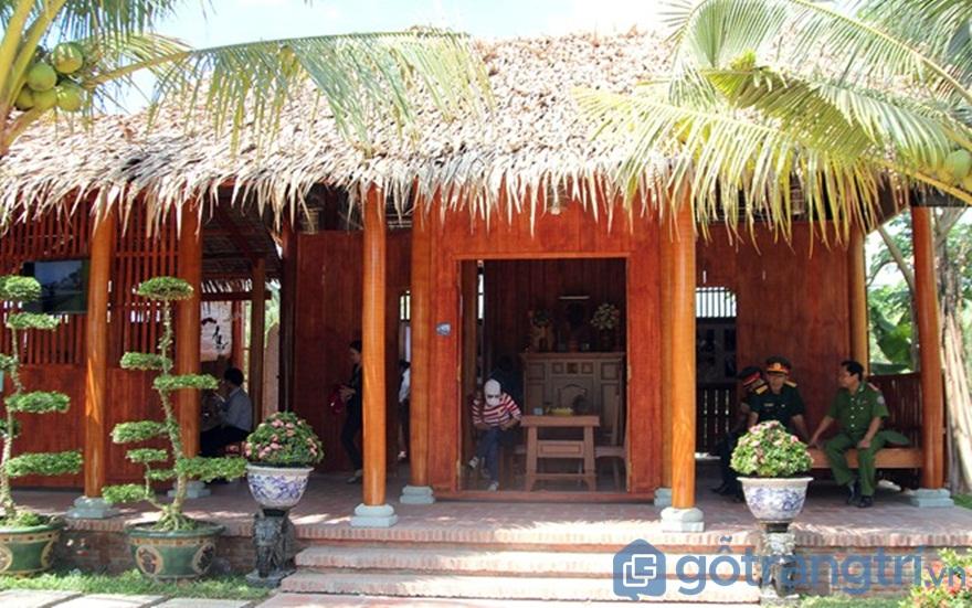 Nhà bằng gỗ dừa - Ảnh: Internet