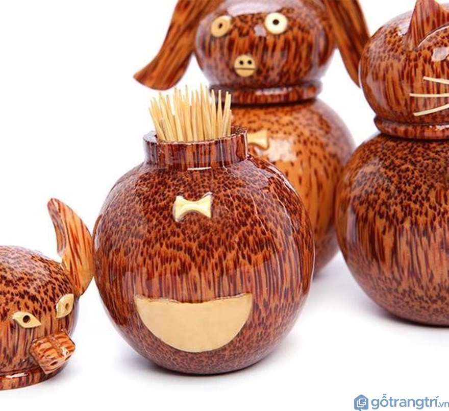 Hộp đựng tăm bằng dừa - Ảnh: Internet