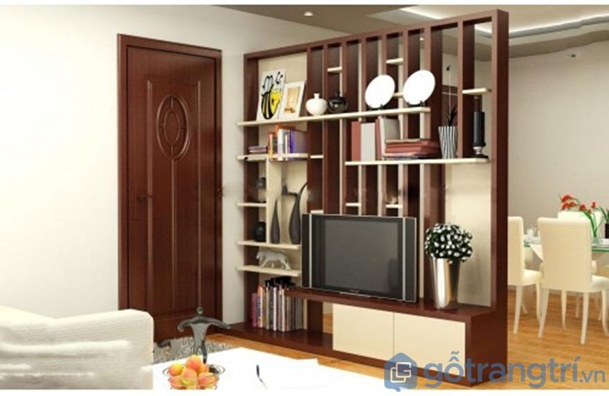 Vách ngăn phòng khách và bếp bằng gỗ tự nhiên - Ảnh: Internet