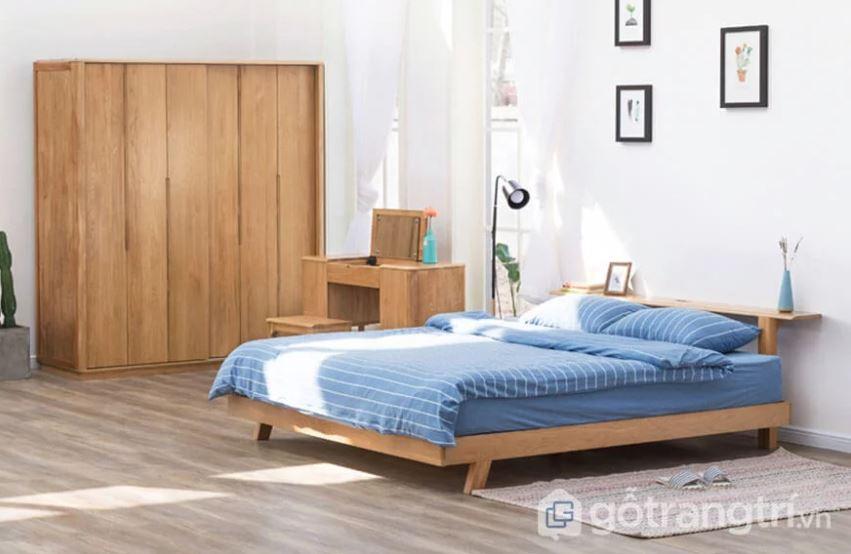 Giường gỗ sồi Nga