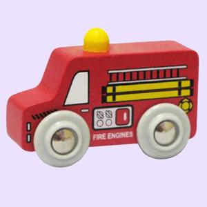 Do-choi-go-cao-su-xe-cuu-hoa-GHB-806-ava