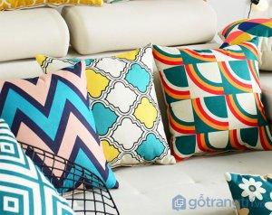 Goi-tua-sofa-boc-vai-lanh-hoa-tiet-GHS-6581 (1)
