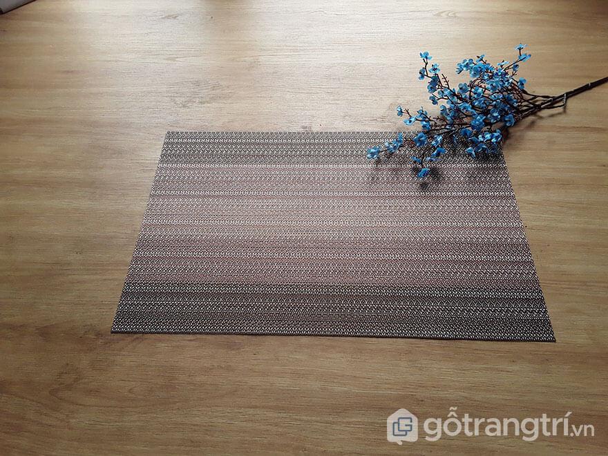 Tam-lot-bat-dia-phong-an-gia-dinh-GHS-6566