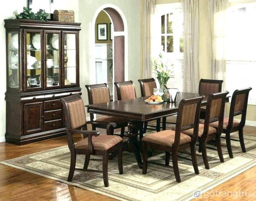 Bộ bàn ăn tân cổ điển 8 ghế phù hợp với gia đình đông người - Ảnh: Internet