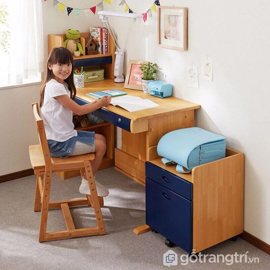 bàn học cho bé lớp 1