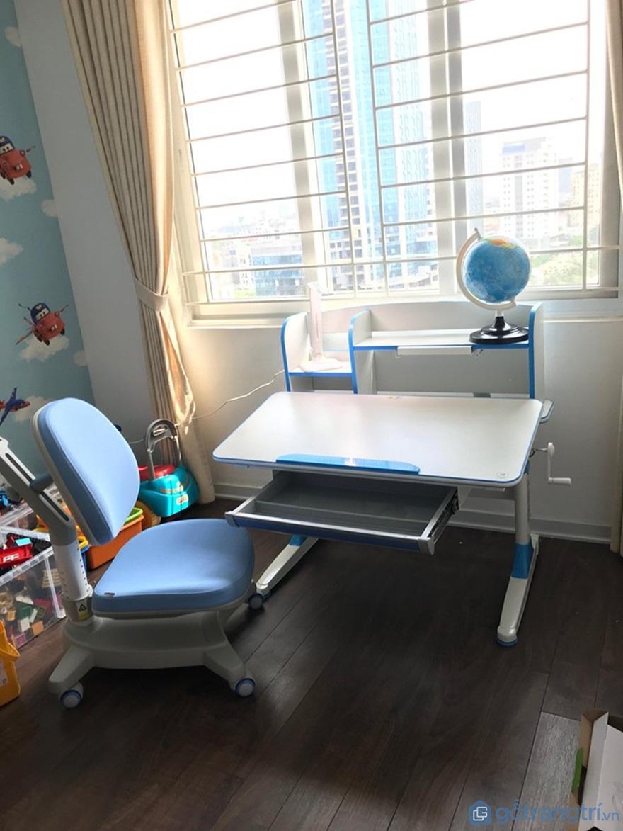 Bộ bàn học cho bé 3 - 4 - 5 tuổi - Mẫu 05 - Ảnh: Internet