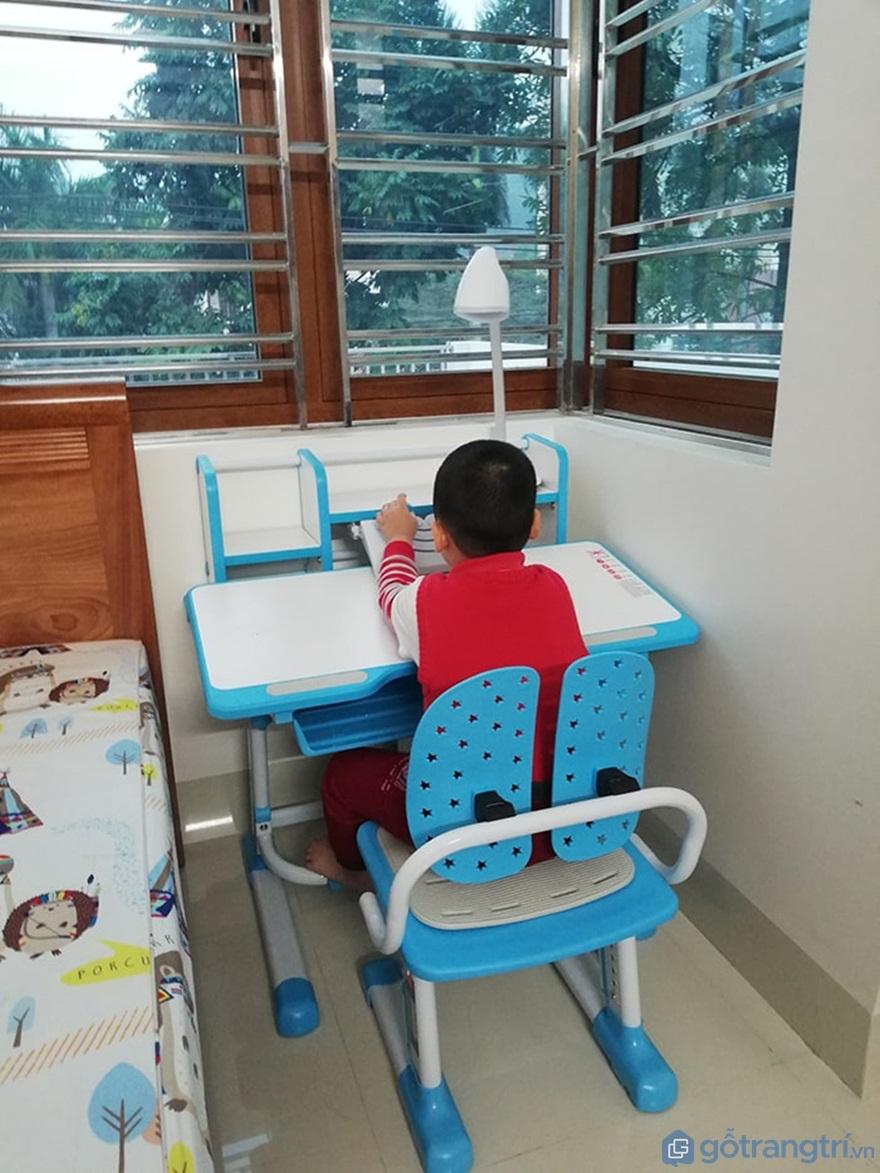 Bộ bàn học cho bé 3 - 4 - 5 tuổi - Mẫu 06 - Ảnh: Internet