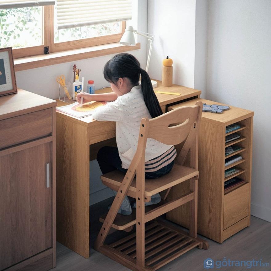 Mẫu bàn học sinh bằng gỗ đẹp cho bé - Mẫu 03 (Ảnh: Internet)