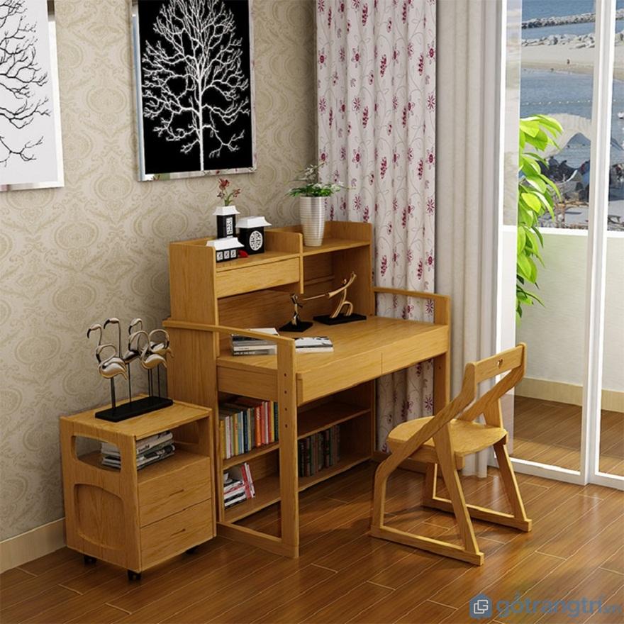 Mẫu bàn học sinh bằng gỗ đẹp cho bé - Mẫu 06 (Ảnh: Internet)