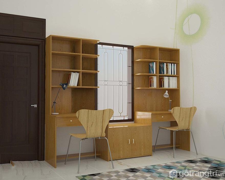 Bàn học đôi được làm từ chất liệu gỗ tự nhiên với màu nâu ấm áp - Ảnh: Internet