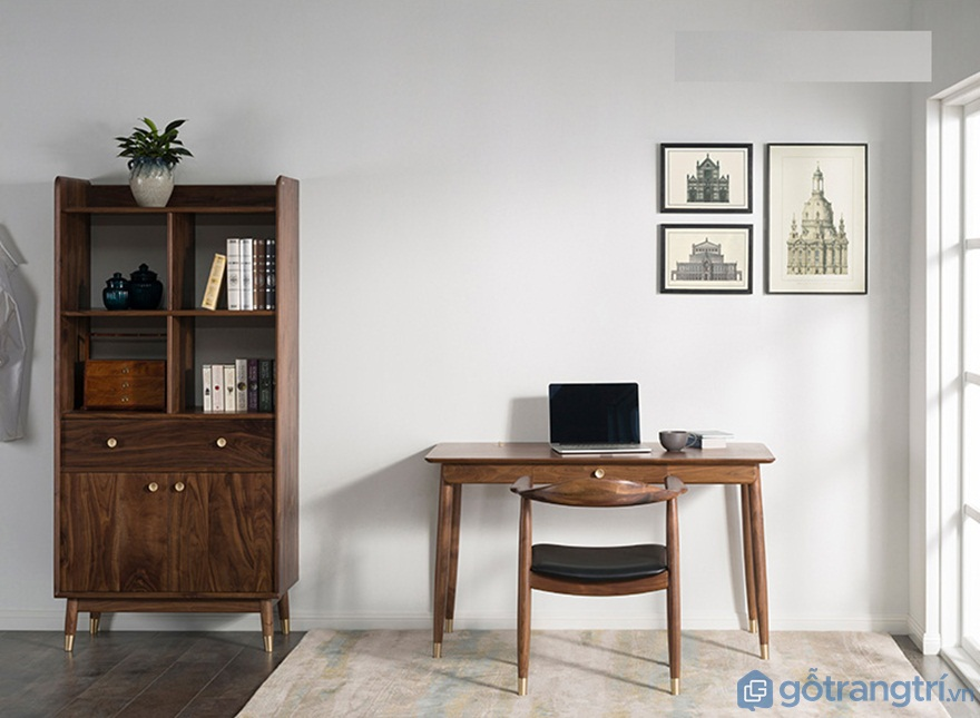 Bộ bàn ghế gỗ cho bé làm từ gỗ óc chó - Ảnh: Internet