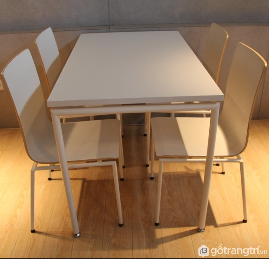 Chất liệu bàn ăn 4 ghế - Ảnh: Internet