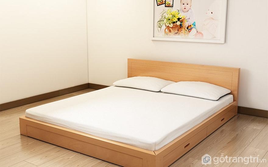 Giường bệt bằng gỗ tinh tế - Ảnh: Internet