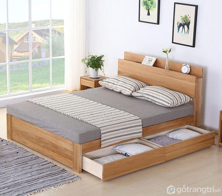 Giường ngủ gỗ đơn giản tích hợp ngăn kéo - Ảnh: Internet