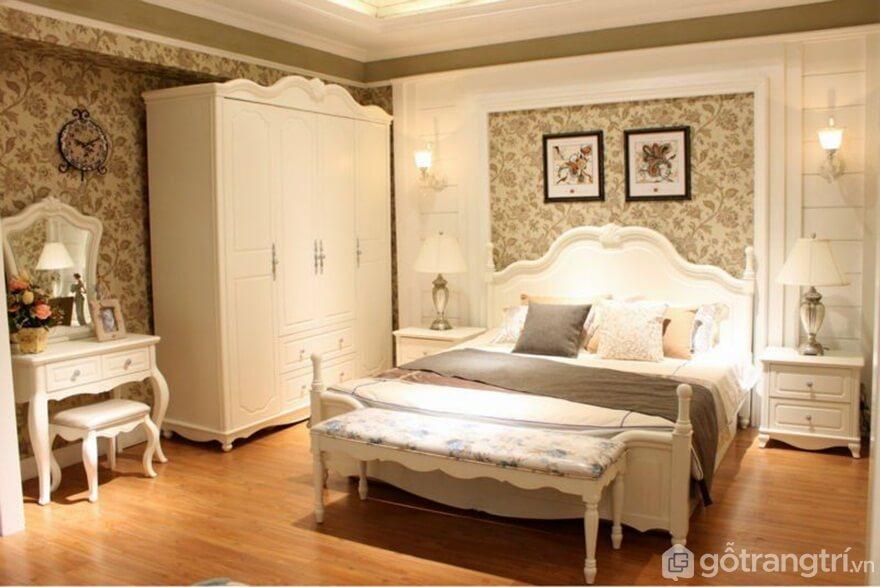 Giường ngủ Hàn Quốc làm bằng gỗ công nghiệp phong cách tân cổ điển - Ảnh: Internet