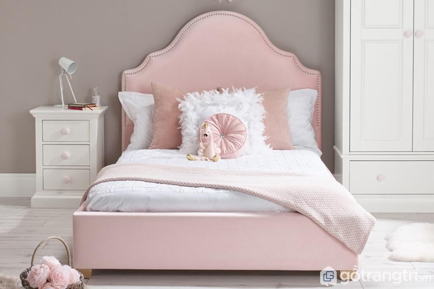 Giường ngủ màu hồng phấn dành cho những bạn gái tuổi teen - Ảnh: Internet