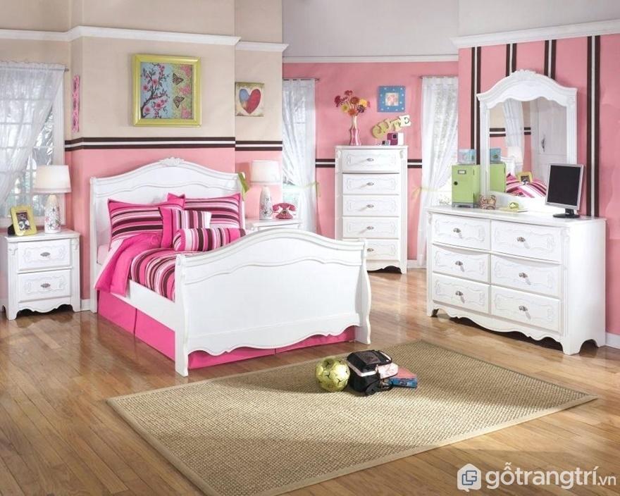 Giường ngủ màu trắng luôn mang đến sự sang trọng, thanh lịch cho căn phòng - Ảnh: Internet