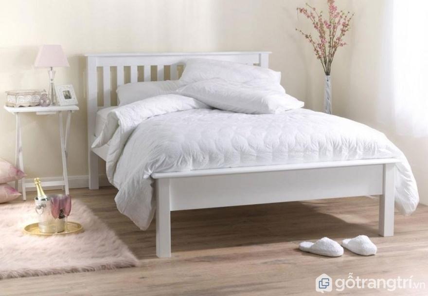 Giường ngủ đẹp theo phong cách Bắc Âu tinh khôi - Ảnh: Internet