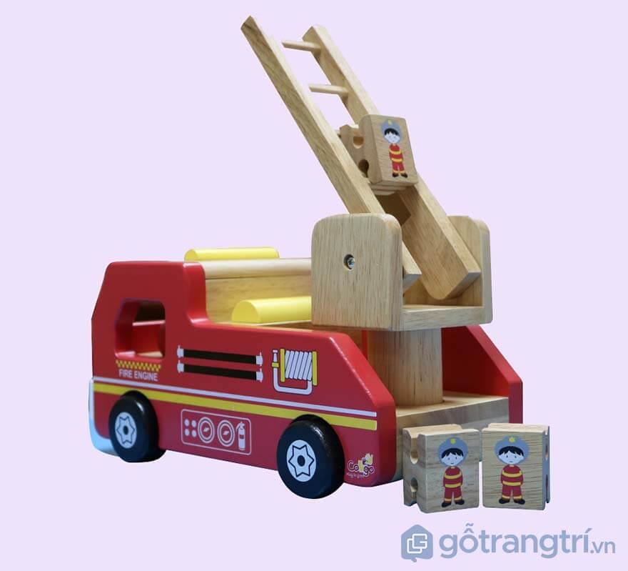 Do-choi-cua-be-xe-cuu-hoa-bang-go-GHB-878