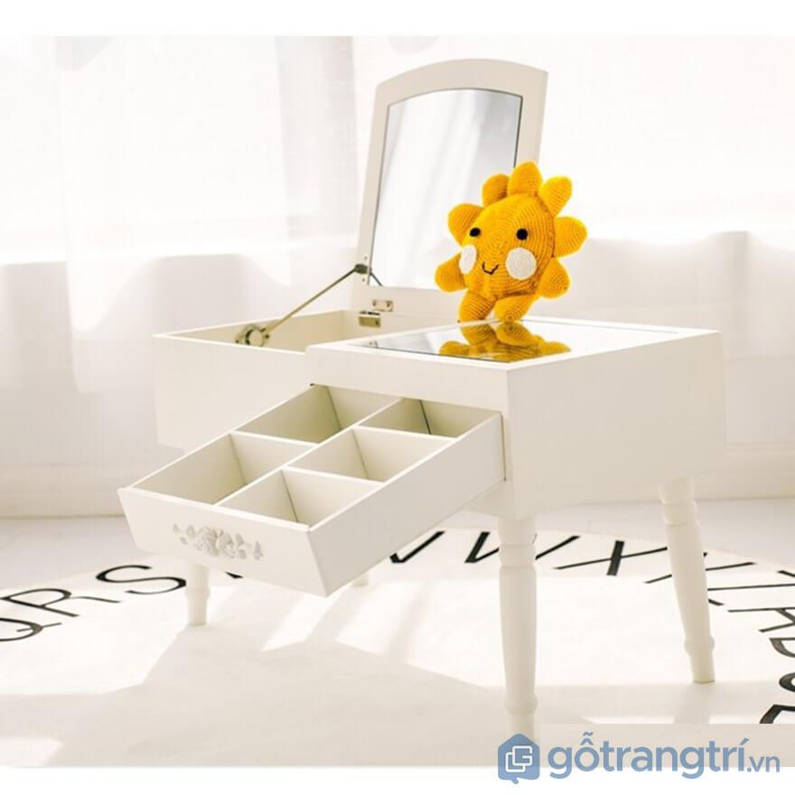 bàn trang điểm mini bệt
