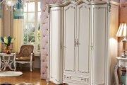 Nên chọn tủ quần áo 4 cánh bằng gỗ tự nhiên hay gỗ công nghiệp?