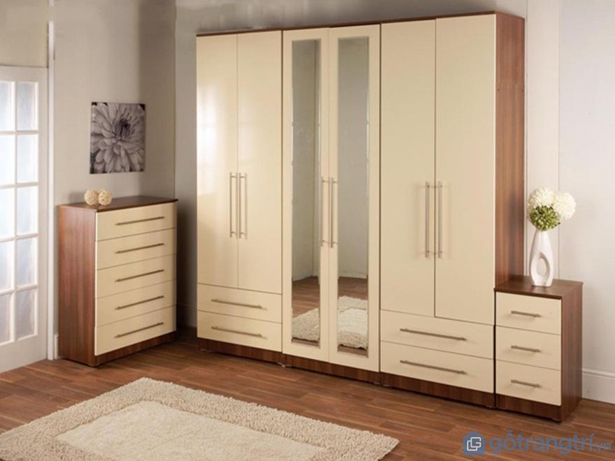 Tủ quần áo có gương gỗ công nghiệp - Ảnh: Internet