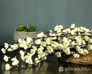Hoa-lua-trang-tri-cao-cap-cho-gia-dinh-GHS-6604 (3)