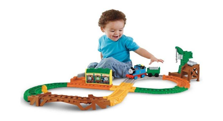 Tìm hiểu cách lựa chọn đồ chơi cho bé trai theo từng độ tuổi