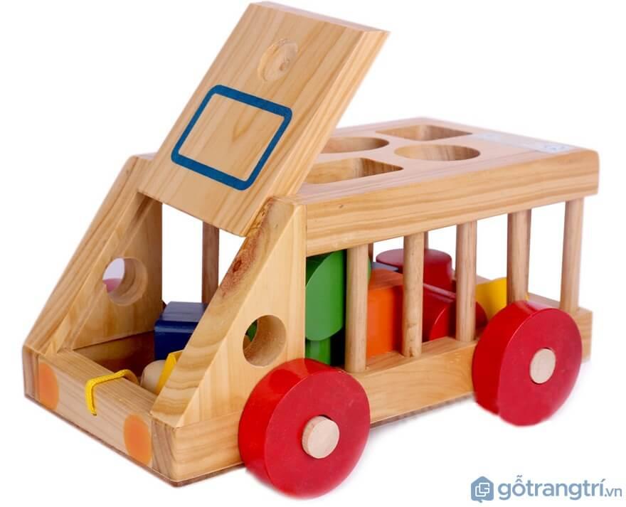 Tìm hiểu ngay cách lựa chọn đồ chơi cho bé trai theo từng độ tuổi - Ảnh: Internet
