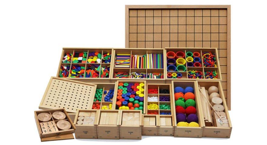 Lựa chọn đồ chơi cho bé 3 tuổi bố mẹ cần lưu ý những điều gì?