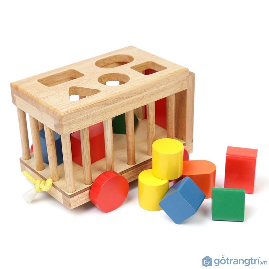 Đồ chơi cho bé gái 1 tuổi: Mô Hình Vietoys Xe Cũi - Ảnh: Internet