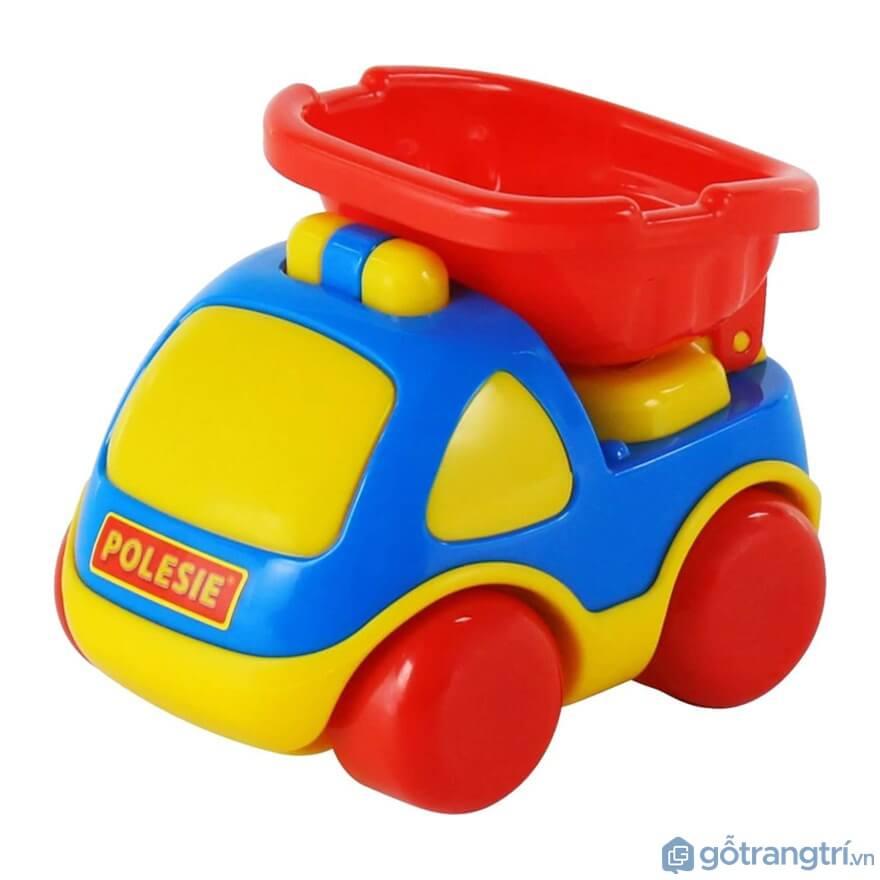 Đồ chơi cho bé trai 1 tuổi:Xe đồ chơi Polesie - Ảnh: Internet