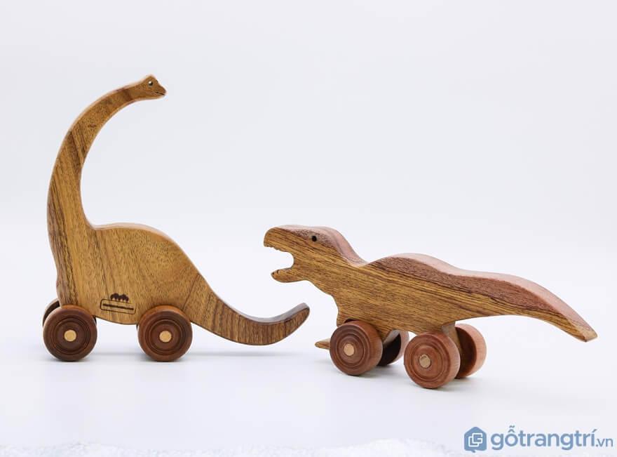 Lựa chọn đồ chơi cho bé trai theo độ tuổi - Ảnh: Internet