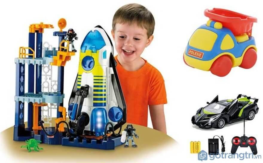 Địa chỉ mua đồ chơi cho bé trai uy tín hiện nay? - Ảnh: Internet