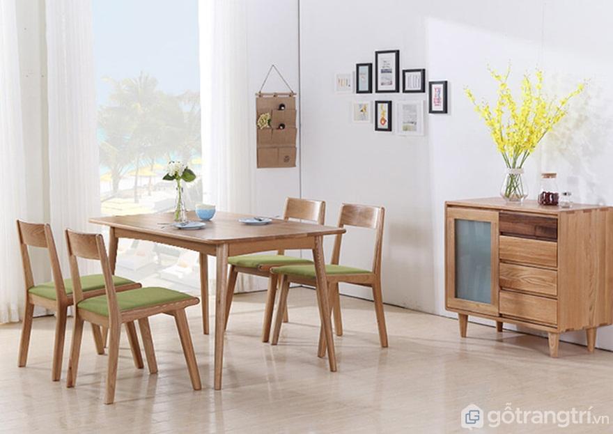 Tủ bếp gỗ tự nhiên với mẫu mã đẹp, sang trọng - Ảnh: Internet