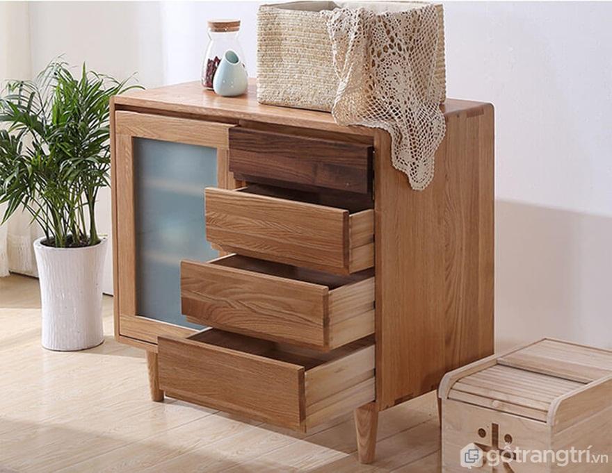 Tủ bếp gỗ tự nhiên có giá thành cao - Ảnh: Internet
