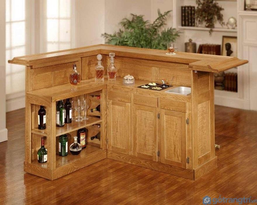 Đa phần thiết kế tủ bếp tân cổ điển thường hướng đến tông màu nâu trầm, hay màu nâu cánh gián - Ảnh: Internet