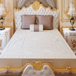 Nem-cao-su-thien-nhien-Diamond-Luxury-ava (1)