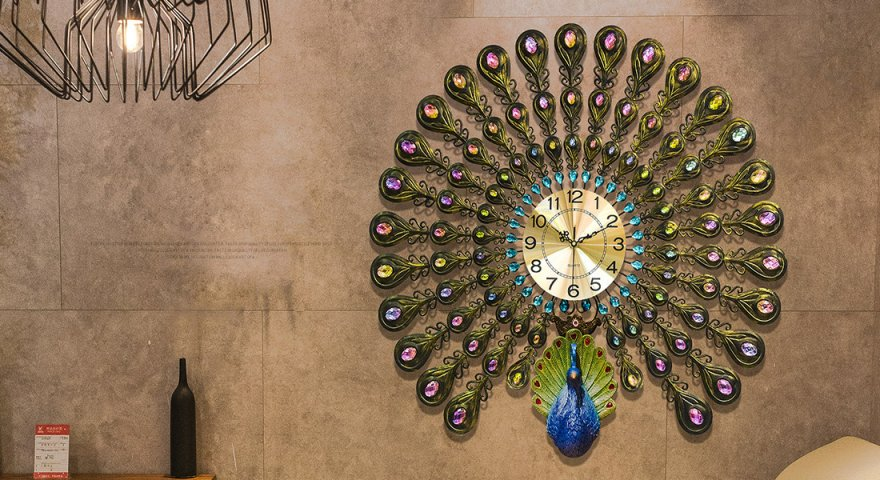 Tổng hợp những mẫu đồng hồ con công đẹp mê ly