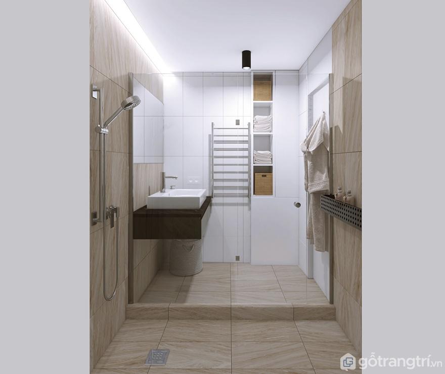 Phòng tắm được trang bị kệ, hay phụ kiện treo tường để lưu trữ đồ đạc gọn gàng