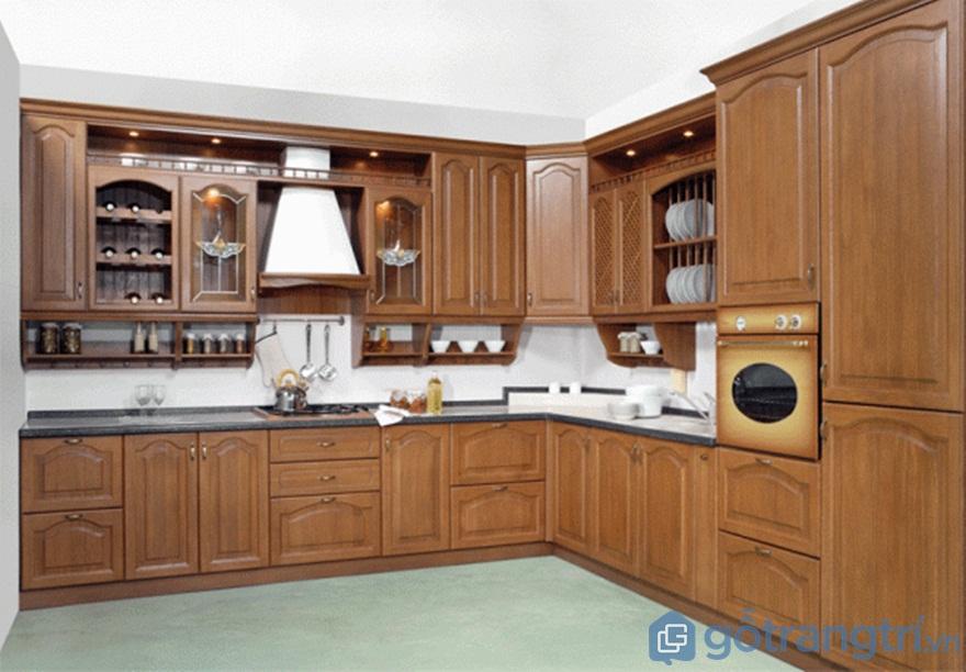Tủ bếp gỗ sồi Mỹ có trọng lượng lớn hơn - Ảnh: Internet