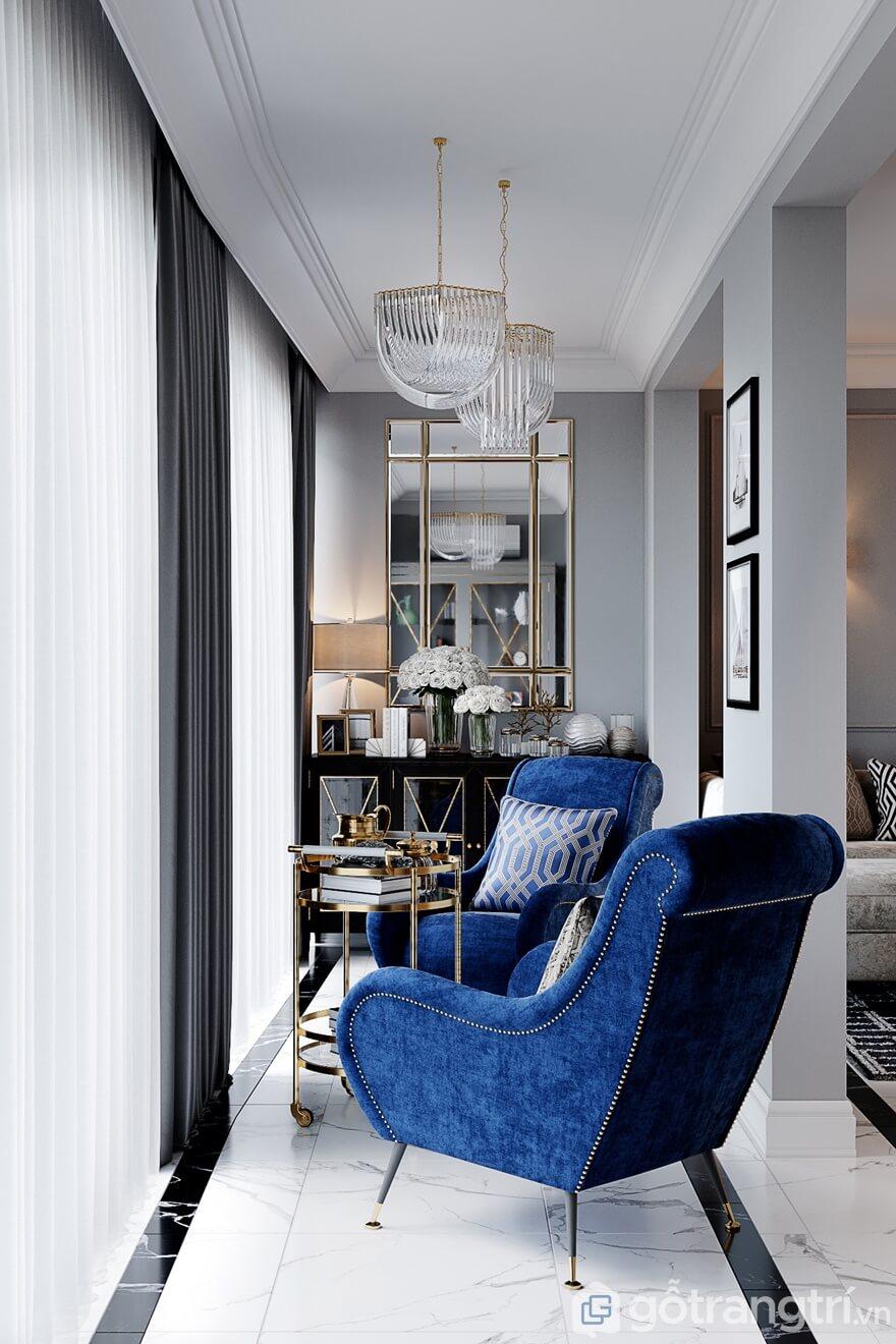2 chiếc ghế sofa đơn với màu xanh lơ đậm chất quý tộc