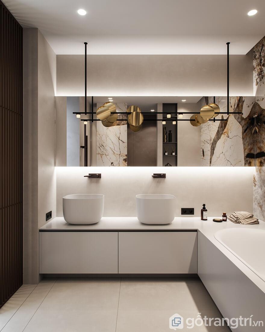 Phòng tắm sử dụng gam màu trắng chủ đạo để tôn sự rộng rãi, sạch sẽ cho căn phòng