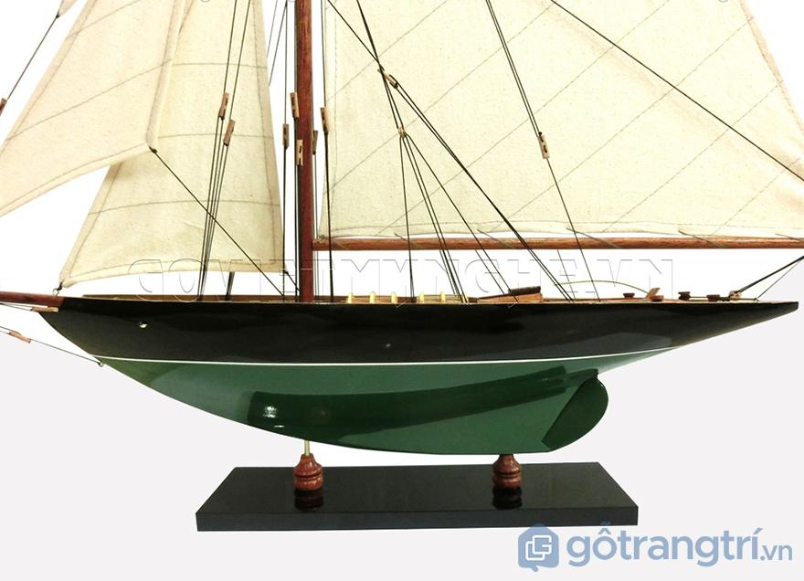 Mo-hinh-du-thuyen-go-Penduick-GHS-660-2