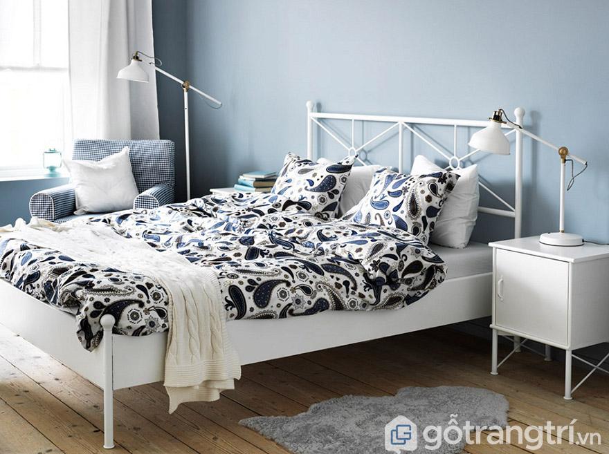 giường khung sắt trắng