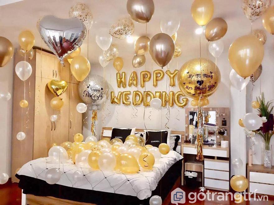 trang trí giường cưới