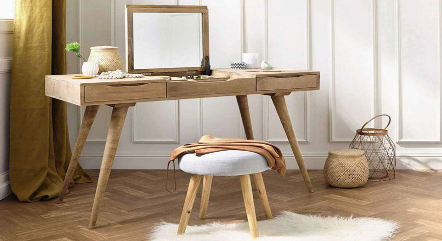 Các mẫu bàn trang điểm bằng gỗ